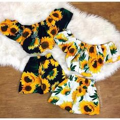 New spring 2020 Adorable sunflower short sets in bold yellow and white with flutter cap sleeves or black halter type only. The white set has cap sleeves Black set is only available in a halter top ****not available in the black like the white ****** Lila Outfits, Teenage Outfits, Cute Teen Outfits, Cute Comfy Outfits, Cute Summer Outfits, Outfits For Teens, Pretty Outfits, Beautiful Outfits, Cool Outfits