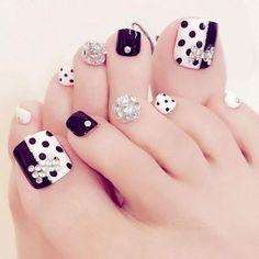 Black & White Rhinestone Fake Toe Nails – Fake Nail Store