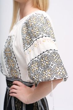 Romanian Embroidery blouse silk embroideryhippie blouse Romanian Women, Blackwork, Fancy Blouse Designs, Vogue Magazine, Piece Of Clothing, Cotton Thread, Traditional Dresses, Chic Outfits, Retro