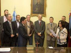La gobernadora Lucía Corpacci tomó juramento a Fidel Sáenz como nuevo secretario de Estado de la Vivienda de la Provincia de Catamarca