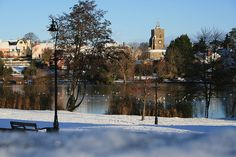 Great picture of Diss Mere in the Winter months with snow layering the Park. Wonderful Places, Beautiful Places, List Website, Norfolk England, Winter Months, Great Pictures, About Uk, Ireland, Snow