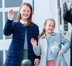 Like mother, like daughters: Princess Mary's sartorial elegance has certainly been passed down to her two girls who both wore stylish pleated skirts, knitted sweaters over their collared white tops, and finishing off their looks with stylish coats Denmark Royal Family, Danish Royal Family, Aarhus, Princess Josephine Of Denmark, Famous Sisters, Old Prince, Prince Frederick, Danish Royalty, Queen Birthday