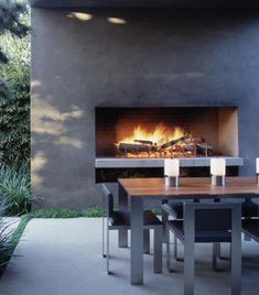 Outdoor fireplace and ding .very stylish modern Marmol Radziner Contemporary Garden Design, Contemporary Landscape, Landscape Design, Outdoor Rooms, Outdoor Dining, Indoor Outdoor, Outdoor Decor, Dining Table, Wood Table
