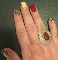 November 2015 Manicure: Red, Beige and Black nails: stamped nail design