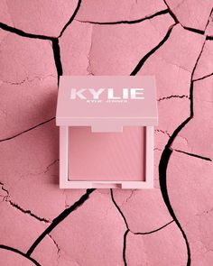 Makeup News: Kylie Cosmetics Reveals New Pressed Blush Powders 2021 Kylie Cosmetics by Kylie Jenner has just announced their new range of Pressed Blush Powders, which will be released as a part of the Kylie Cosmetics re-branding. The company is currently updating all of their products, packaging, formulas, and more — set to relaunch this month, July 2021. The new Kylie Cosmetics Pressed Blush Powders will be available in 9 different shades. The blushes... Kylie Jenner Makeup, Makeup News, Velvet Matte, Beauty News, Blush Makeup, Beauty Industry, Cruelty Free, Product Launch, Cosmetics
