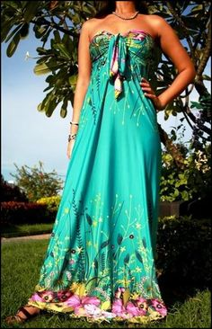 Have a dress kind of like this. But this one looks more effortless! Beautiful Summer Dresses, Pretty Dresses, Classy And Fabulous, Strapless Dress Formal, Strapless Maxi, Fashion Beauty, Fashion Dresses, Dress Up, Cute Outfits