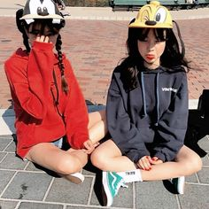 Bff Pictures, Best Friend Pictures, Ulzzang Couple, Ulzzang Girl, Korean Couple, Korean Girl, Korean Photo, Korean Best Friends, Girl Friendship