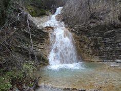 Водопады в щели Виноградова