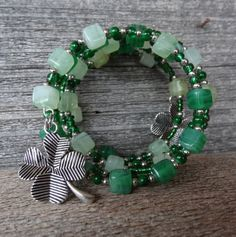 St. Patrick, irish, green, lucky four leaf clover 2 ....simple memory wire bracelet