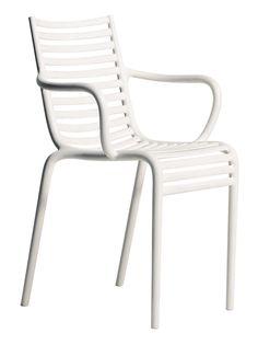 Fauteuil empilable Pip-e / Plastique Blanc - Driade - Décoration et mobilier design avec Made in Design