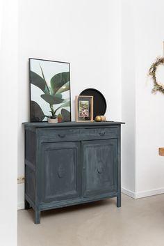 Furniture Makeover, Furniture Decor, Painted Furniture, Living Room Inspiration, Interior Inspiration, Gray Interior, Interior Design, Aesthetic Rooms, Apartment Interior