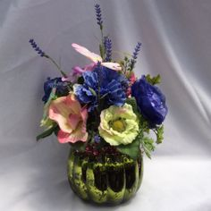 Send flowers directly from a real local florist. Fresh flowers, same-day delivery. Send Flowers, Fresh Flowers, Local Florist, Flower Delivery, Flower Designs, Flower Arrangements, Things To Come, Silk, Beautiful
