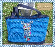 Bolso etnico crochet hand made!! Encarga el tuyo Www.facebook.com/littlecrochetina Yolandagualecheverria@yahoo.es #crochet #bolsoetnico #bohochic #boho #handmade #trapillo