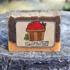 Recipe and tutorial for cold process tomato and basil soap. -Tentance