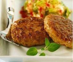 Las hamburguesas de zanahorias Ingredientes 12 zanahorias 3 cdas de avena 6 cdas de pan rallado 1 huevo ajo perejil sal pimienta nuez moscada Guarnición que invita a que el paladar pruebe de todo. No es cuestión de comer siempre hamburguesas de ternera, de pollo, de espinacas, de pes…