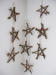 twig stars. Love this. for outside I'd spray paint red and green
