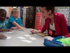 KINDERGARTEN GUIDED READING LESSON - YouTube--real time with multiple areas of focus