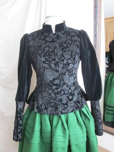 Anilegra moda para muñecas: Traje de gallega: chaqueta de gala para VIVI Spanish Costume, Lolita Fashion, Costumes, Sewing, Blouse, Clothes, Dresses, Women, Tattoo