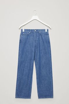 COS is a contemporary fashion brand offering reinvented classics and wardrobe essentials made to last beyond the season, inspired by art and design. Composition Design, Wide Leg Jeans, Contemporary Fashion, Cos, Fashion Brand, Mom Jeans, Archive, Spring, Clothes