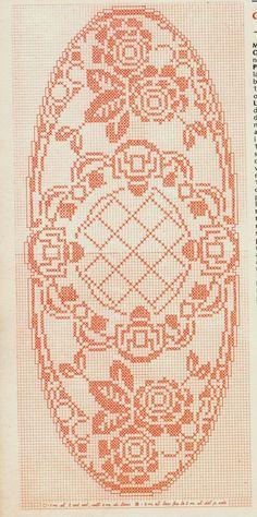 centri al filet schemi - Cerca con Google Crochet Tablecloth Pattern, Crochet Bedspread, Crochet Doily Patterns, Weaving Patterns, Crochet Doilies, Crochet Lace, Filet Crochet Charts, Tapestry Weaving, Diy And Crafts