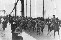 Bundesarchiv Bild 183-R27436, Köln, Rückkkehr deutscher Truppen - Geschichte der Stadt Köln – Wikipedia