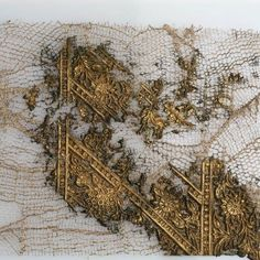 Tzuri Gueta - love his work, especially his textiles Art Fibres Textiles, E Textiles, Textile Fiber Art, Textile Artists, Cy Twombly, Design Textile, Kintsugi, Fabric Manipulation, Texture Painting