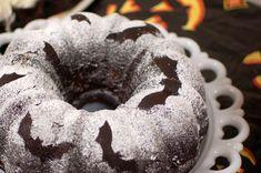 Bat stencilled bundt cake