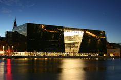 Nationale Bibliotheek van Denemarken, bijgenaamd 'de zwarte diamant'