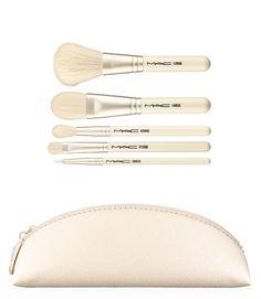 MAC Keepsakes Holiday 2014 Eyeshadow Palettes and Brush Sets