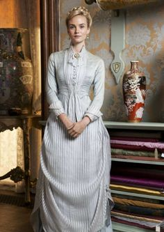 The Paradise ended with an an immaculately staged snog- Cherry's business dress Theatre Costumes, Movie Costumes, Historical Costume, Historical Clothing, The Paradise Bbc, Victorian Fashion, Vintage Fashion, Moda Lolita, Victorian Costume