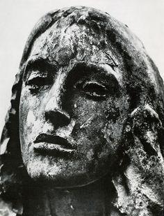 Giacomo Manzu
