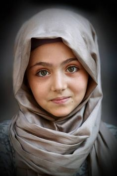 A girl from Cyprus Kids Around The World, People Around The World, Beautiful Eyes, Beautiful People, Children Photography, Portrait Photography, Moslem, Foto Art, Beautiful Children