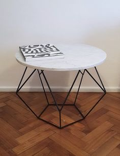Mesa hierro y marmol redonda