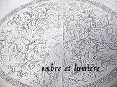 boutis 牡丹唐草のテーブルセンター 2の画像:ombre et lumière