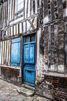 Honfleur old blue door All Pictures, Doors, Photography, Blue, Photograph, Fotografie, Photoshoot, Fotografia, Gate