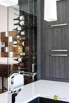 Voici des concepts uniques comme vous!! Cellier de verre fait sur mesure Concepts, Decoration, Comme, Divider, Bathtub, Bathroom, Design, Furniture, Home Decor