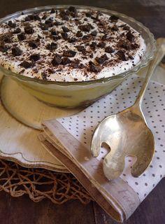 http://blog.giallozafferano.it/undolcealgiorno/trifle-inglese-crema-cioccolato-panna/