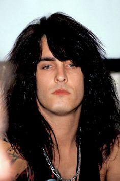 Motley Crue Nikki Sixx, Nikki Baby, Jim Morrison Movie, Dallon Weekes, Ronnie Radke, Glam Metal, Heavy Metal Music, Alex Turner, Fleetwood Mac