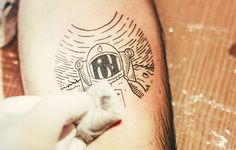 follow-the-colours-aurim-ra-tattoo-dysfunctional-01