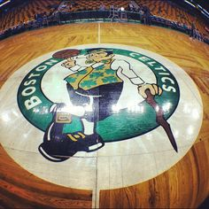 Boston Celtics, attending a game at THE GARDEN. Not the Garden re-dux. But the real, original, one and only Boston Garden. Celtics Basketball, I Love Basketball, Basketball Teams, Sports Teams, Boston Sports, Boston Red Sox, Celtic Pride, Jackson, Go Pats
