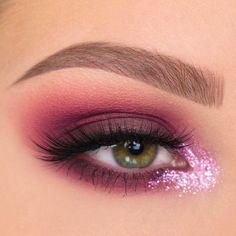 Hooded Eye Makeup – Great Make Up Ideas Eye Makeup Tips, Makeup Goals, Makeup Inspo, Makeup Inspiration, Beauty Makeup, Makeup Ideas, Best Eye Makeup Brushes, Makeup Trends, Cool Makeup Looks