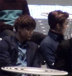 nini leaning on sehunnie's shoulder :3 #babies #sekai