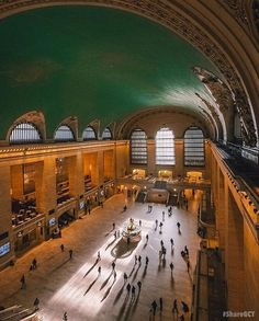 It's #EarthDay, and that means remembering how each and every one of us can make a difference for a better future. Last year in April, @mtametronorth finished a four-year renovation to make #grandcentral more energy efficient, cutting energy use by 30%. Happy Earth Day! #sharegct by @ceos_downbeat