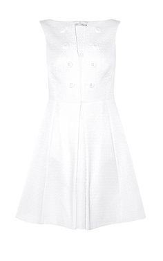Schlichtes Kleid mit Zierknopf