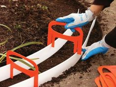 The Kushlan Concrete Curb Border Kit will add curb appeal to your lawn and garden. Stop unwanted grass & weeds from invading your flowerbeds. Concrete edging is a great landscaping labor savor as well! Concrete Landscape Edging, Landscape Borders, Garden Borders, Landscape Designs, Landscape Curbing, Landscaping Edging, Landscaping Ideas, Modern Landscaping, Backyard Projects