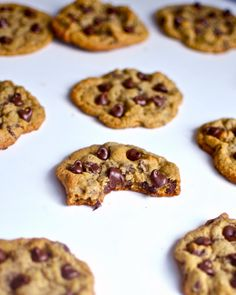 Yammie's Glutenfreedom: Simple, Chewy, Gluten Free Chocolate Chip Cookies, made with oat flour.