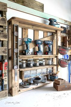 Enhanced pallet wood tool shelf with screw storage / Pallet hammer organizer for the workshop / funkyjunkinteriors.net