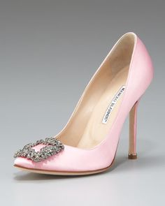 Blush Manolos for the bride. From Krystal Royal-Salerno (of course in blue :) )