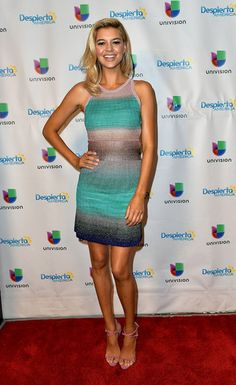 Kelly Rohrbach in Missoni - 'Despierta America'
