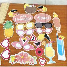21 stks Flamingo Photo Booth Props Tropische Hawaiiaanse Zomer Vrijgezellenfeest Accessoires in 21 stks Flamingo Photo Booth Props Tropische Hawaiiaanse Zomer Vrijgezellenfeest Accessoires van Event & Party op AliExpress.com | Alibaba Groep